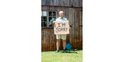 MacBob Productions is set to present show biz whiz Aaron McIlroy in the debut run of Apology