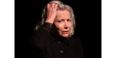 Sandra Prinsloo in Kamphoer die verhaal van Susan Nell.