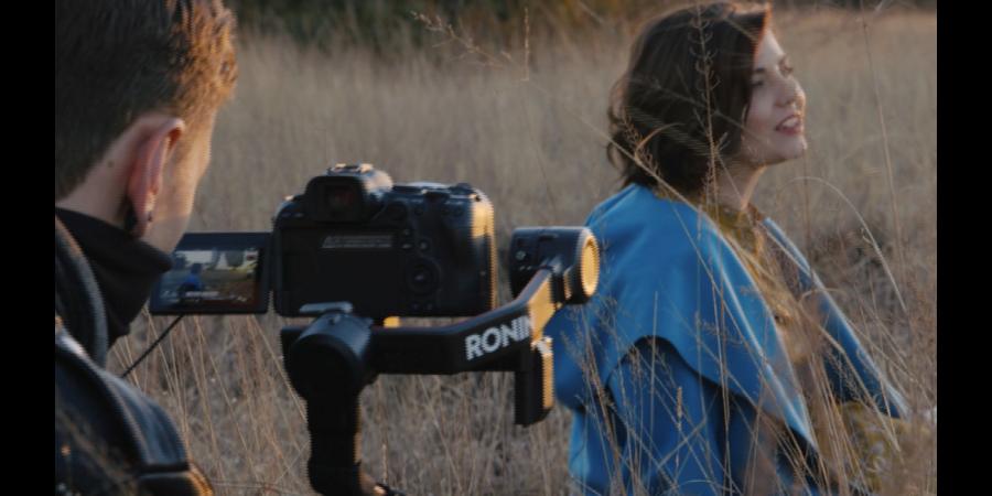 Esté Gross & Len Muller releases music video